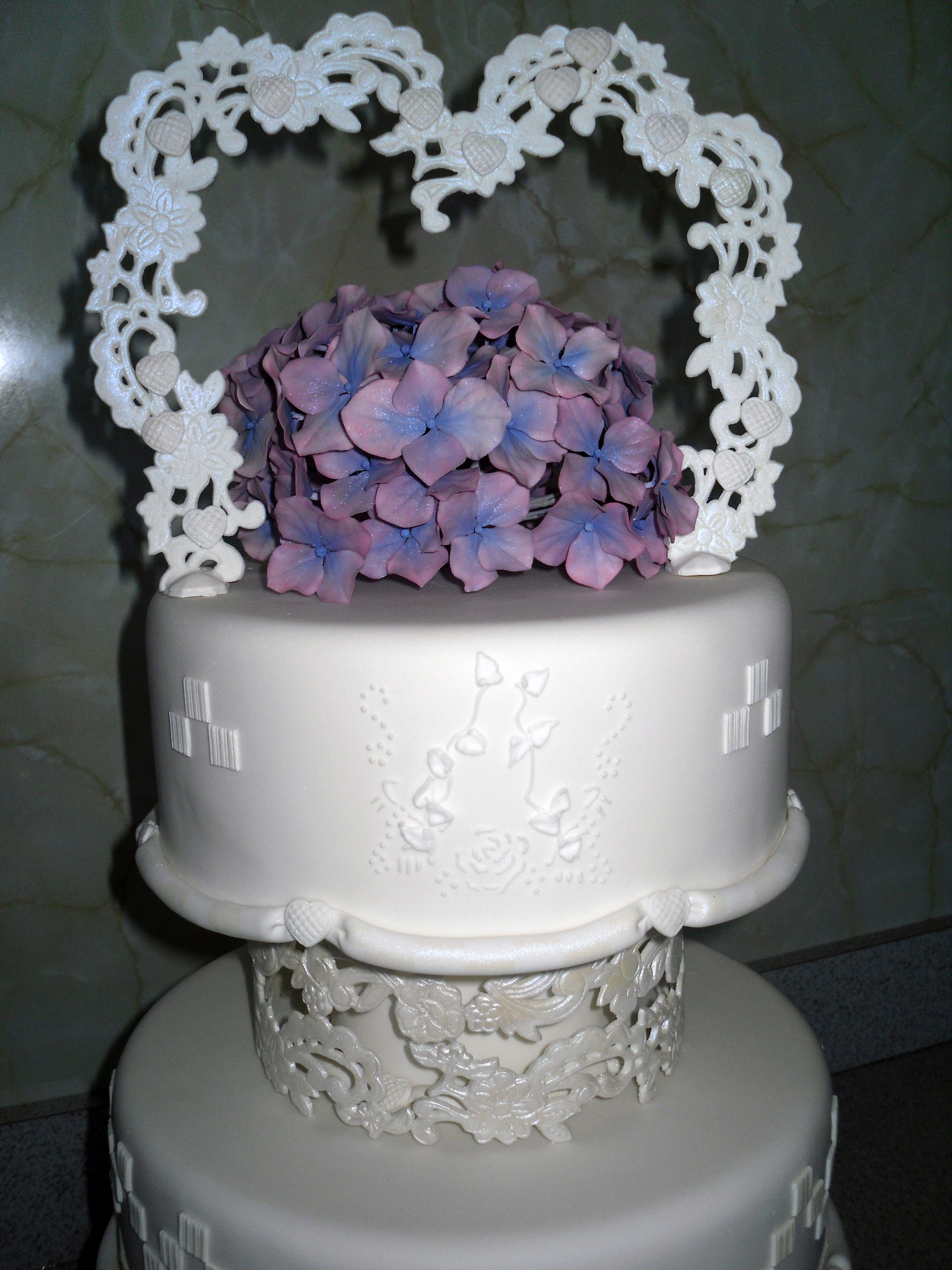 Cake Images Co Nz : Wellington Cake - Welcome to Cindys Cakes